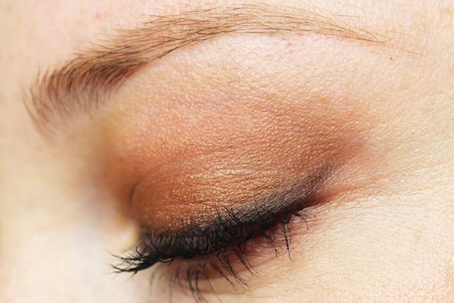 Semi-Sweet-Chocolate-Bar-Makeup-1