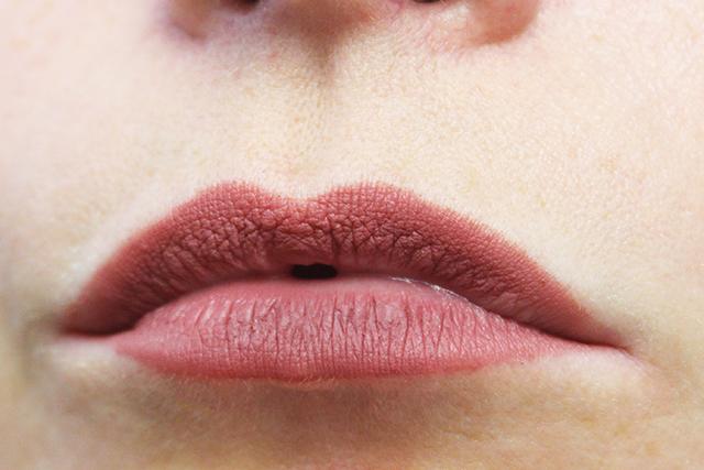 Liner-Designer-Beauty-Blender-1