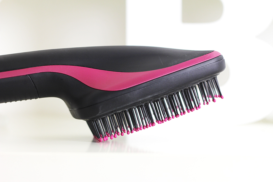 brosse perfectionist 2 en 1 revlon julie world of beauty. Black Bedroom Furniture Sets. Home Design Ideas